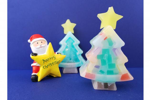 クリスマスツリーキャンドルを作ろう♪